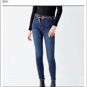 UO BDG Twig High Rise Skinny Stretch Jean 28